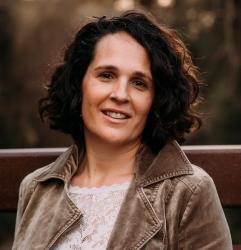 Stephanie Mollinier